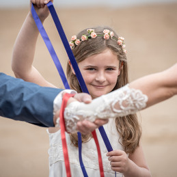 10-handfasting-daughter