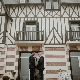 13-elopment-gay-in-normandy-france