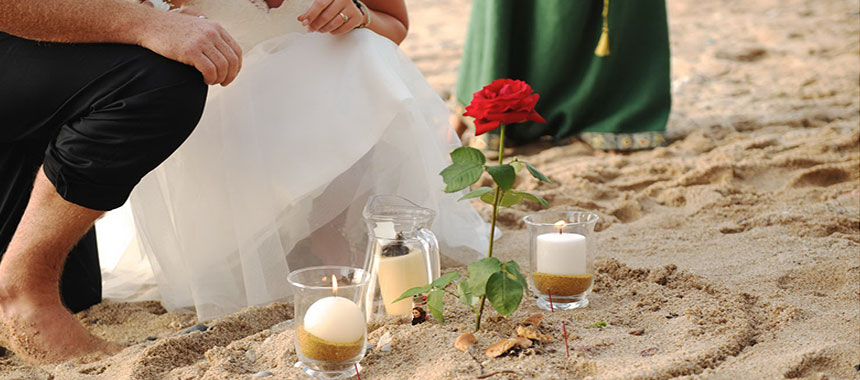 Rituals during a spiritual marriage in a beach near Biarrtiz (64) France