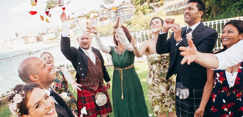 Simple wedding ceremony in Spain with men in kilts